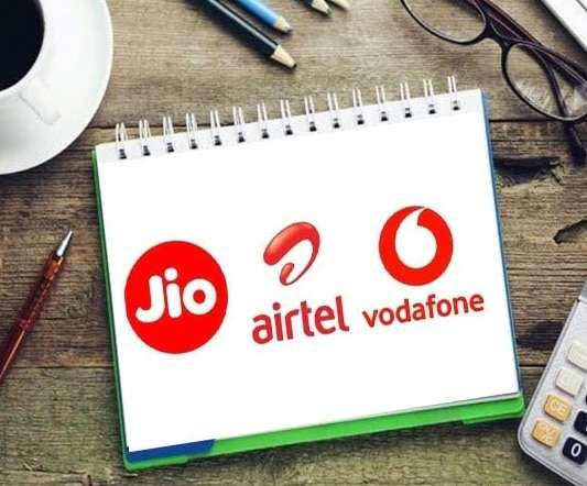 Best plans with 4GB data, Jio, Airtel and Vi are offering this offer for Rs 300