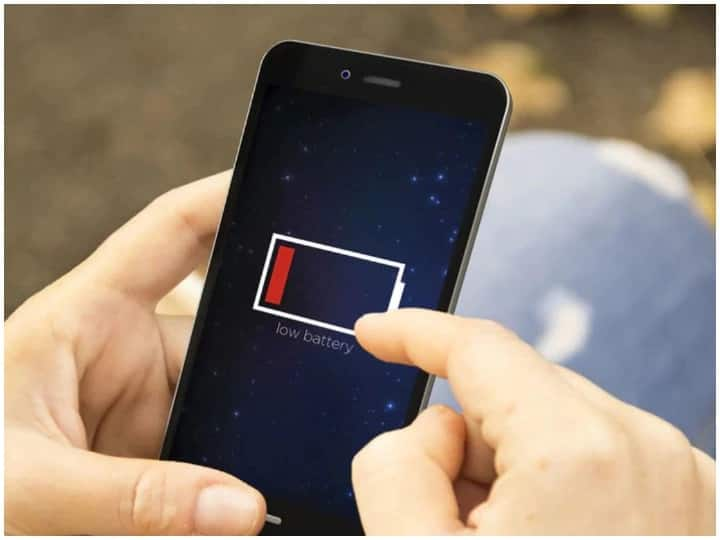 Now you will get relief from charging the phone again and again, thus increase the battery life of the phone