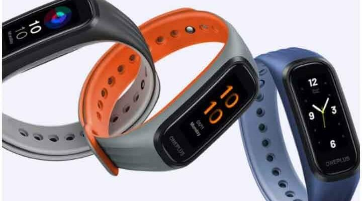 These great fitness bands are equipped with the best features, the price is less than 4000