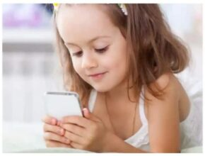 Very soon the child's mobile phone addiction will be gone, just have to do this work